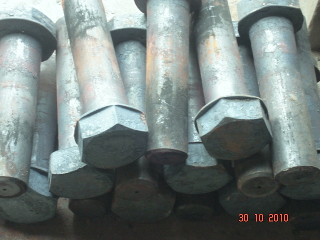 HEAVY DUTY HEX BOLTS